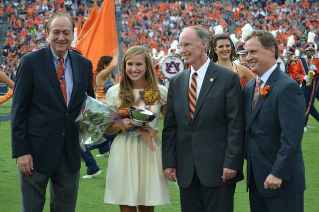 Miss Auburn Homecoming 2014 Francie Harris