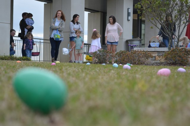 Egg Hunt in the Hills_-3.jpg