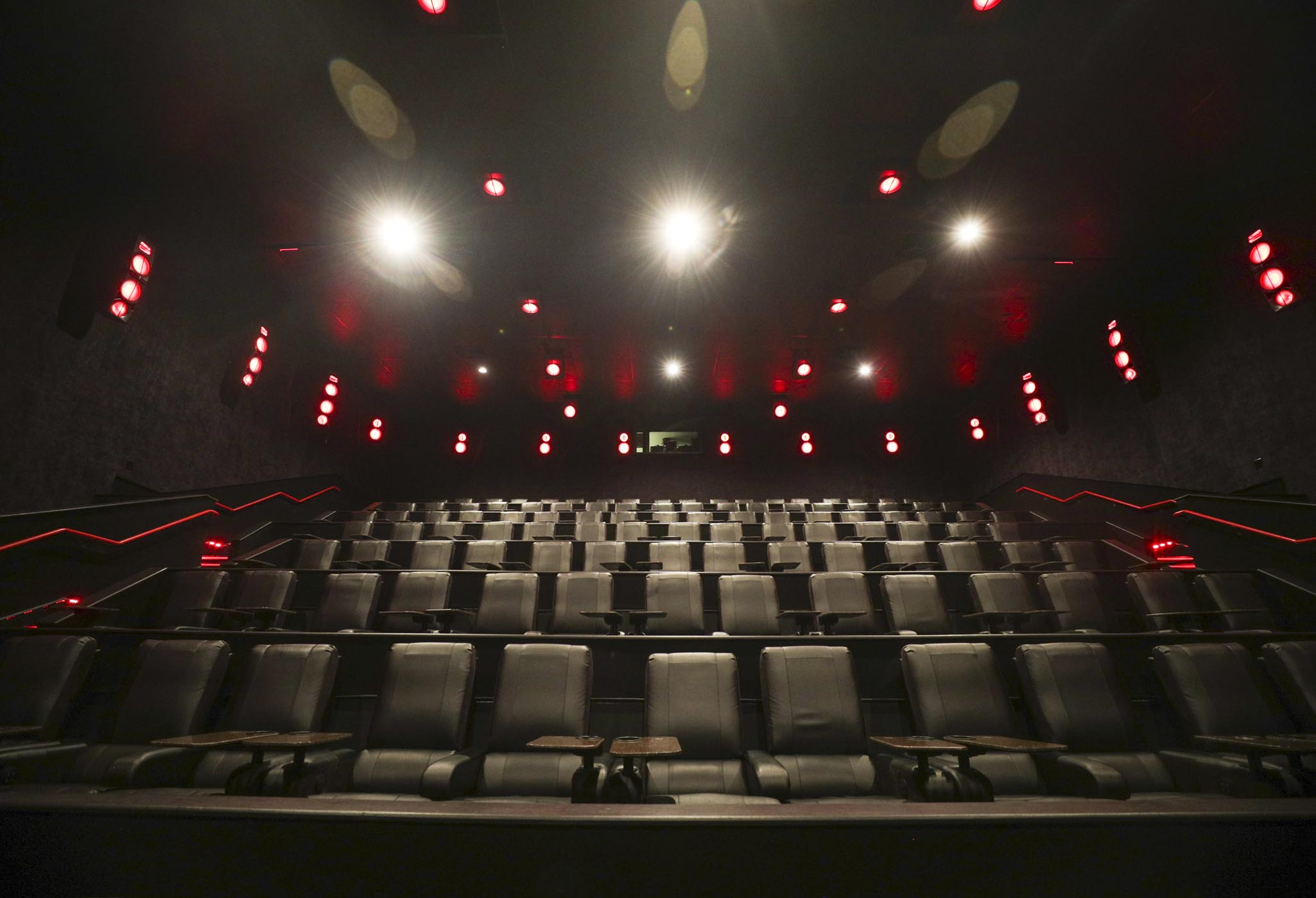 Newly Renovated Amc Vestavia Hills 10 Set To Offer