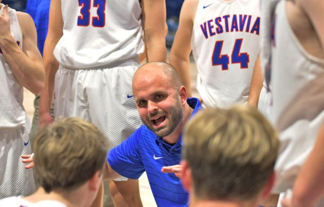 SPORTS---Vestavia-boys-basketball_STA_4085.jpg