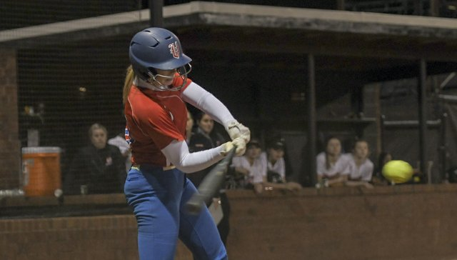 Hoover vs. Vestavia Hills Softball