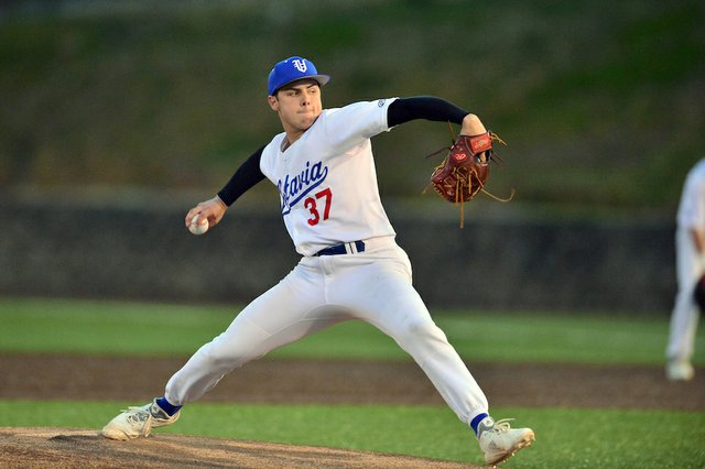 Mountain Brook vs. Vestavia Hills Baseball