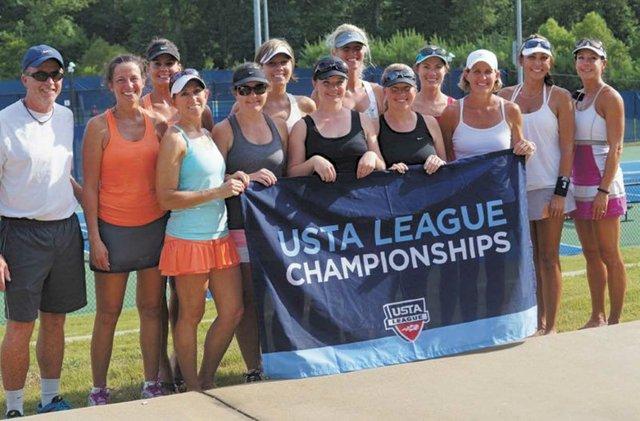 SPORTS-tennis-team.jpg