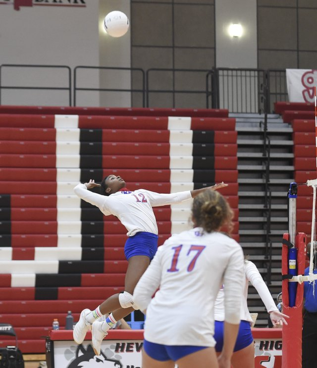 VH at HTHS volleyball