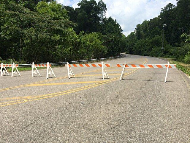 Rocky Ridge Road Closed