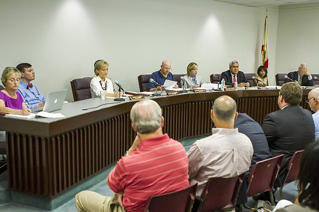 Vestavia BOE votes to keep Rebel name