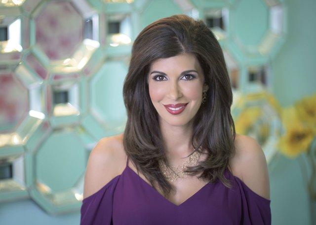 Dr.-Melanie-Petro.jpg
