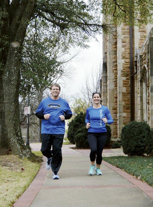 Mercedes Half-Marathon couple