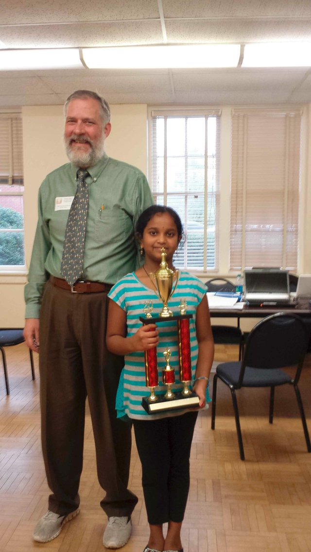 VHEW student wins chess tournament