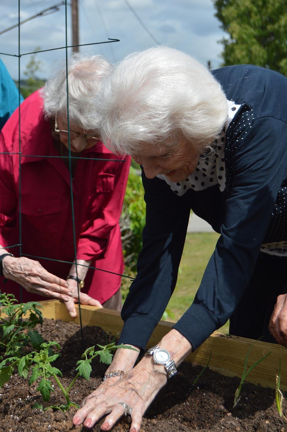 Seniors Celebrate Earth Day At New Merkle House