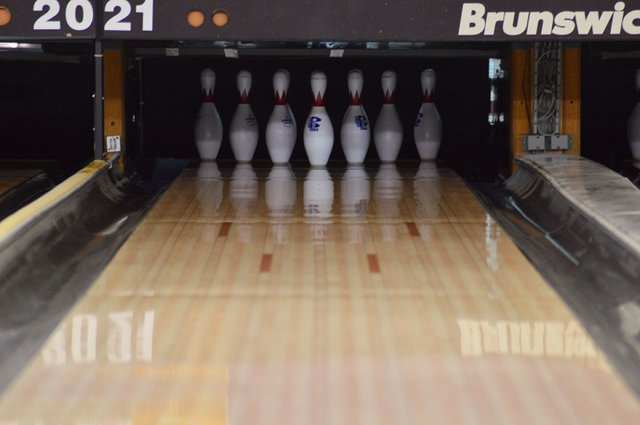 VV-Bowling lanes-1web.jpg