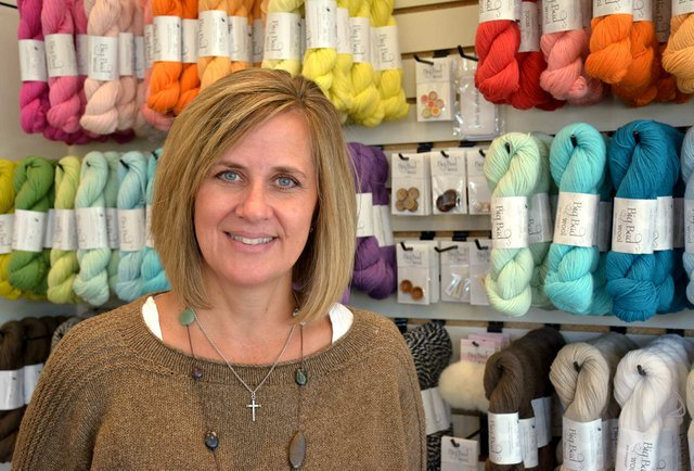 280-BIZ-In-the-Making-Knit-Shop1.jpg