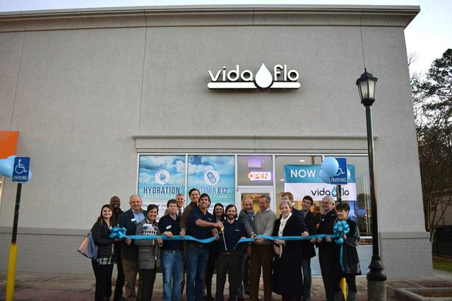 VV-BIZ-Vida-Flo-grand-opening.jpg