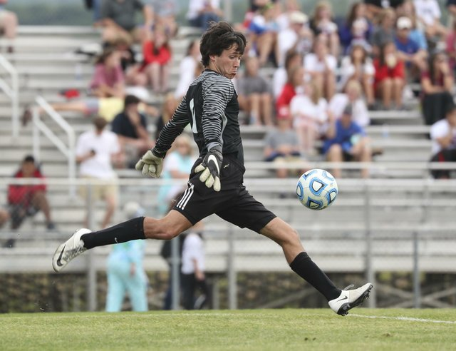 Vestavia VS Oak Mountain Boys Soccer SemiFinals 2017