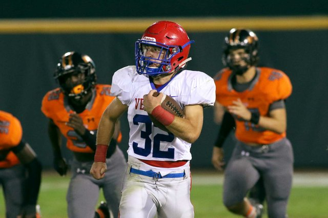 VV-SPORTS-Vestavia-FB-William-Schaffeld.jpg