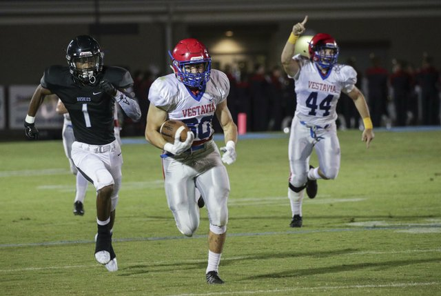 Vestavia Football AT Helena 2017