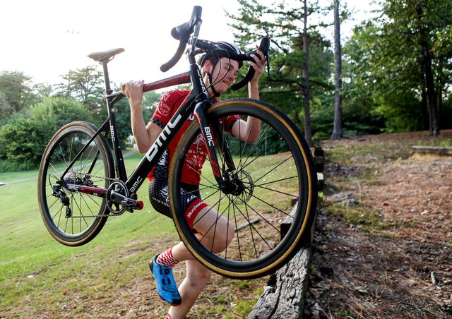 SPORTS-Will-Seitz-Cyclocross-SNF_8133.jpg